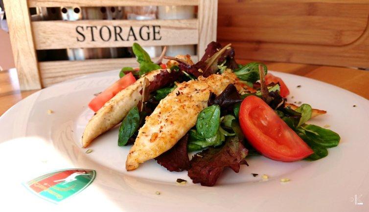 Hühnerstreifen Salat
